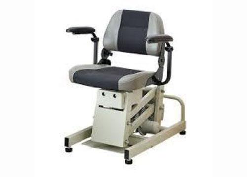 立ち上がり補助椅子